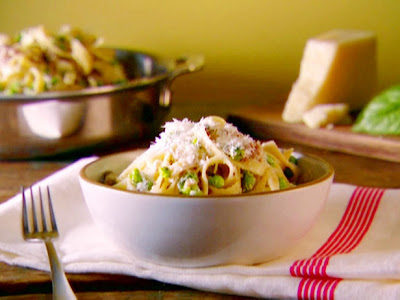 Tagliatelle with Smashed Peas, Sausage, and Ricotta Cheese