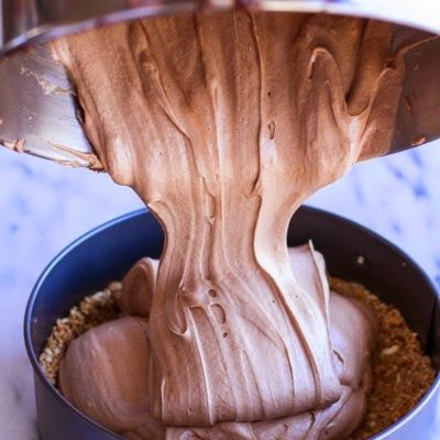 crack of the week :: no bake french silk pie