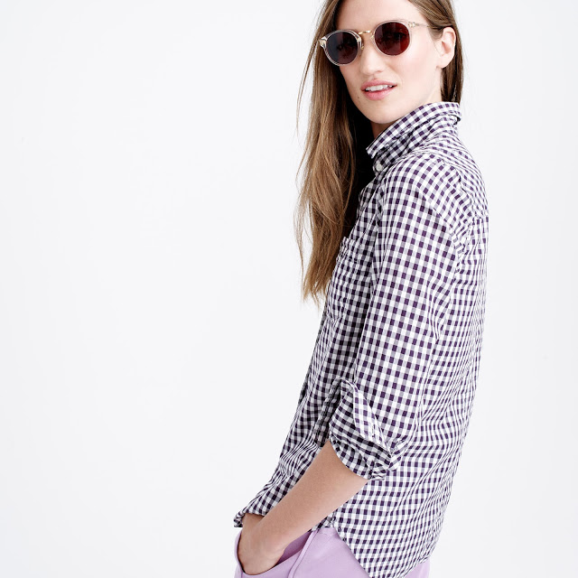 ab9dde86b339 this is the perfect wear all the time shirt with white jeans.