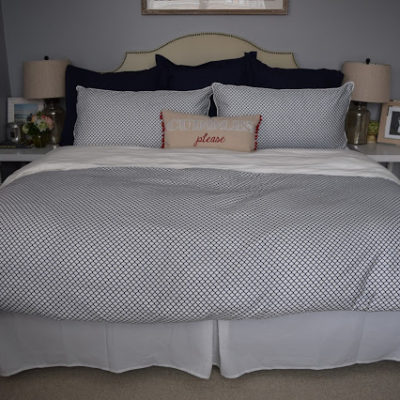 :: makeover monday : master bedroom ::