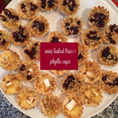 :: Mini Baked Brie Phyllo Cups + Friendsgiving ::