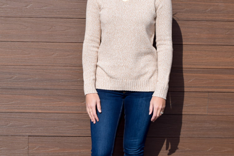 :: Everyday Sweater + Friday Favorites + Link Love ::